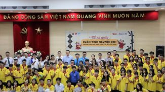 BMB Steel sponsors the 2021 Spring Volunteer Campaign of  University of Architecture Ho Chi Minh City students