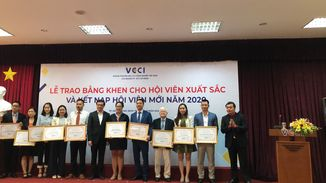 BMB Steel officially became a member of the Vietnam Chamber of Commerce and Industry