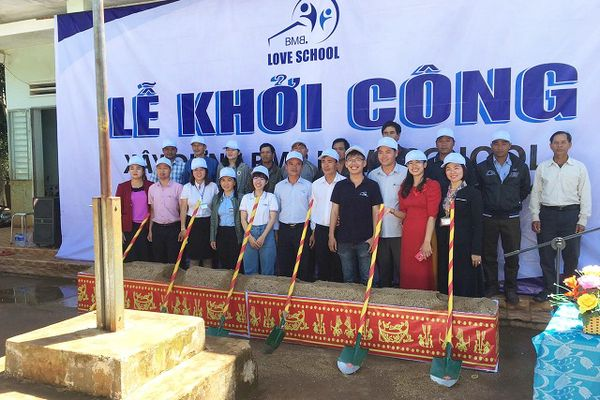Opening ceremony of the third school in Gia Lai province